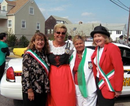 paradecouncilwomen.jpg